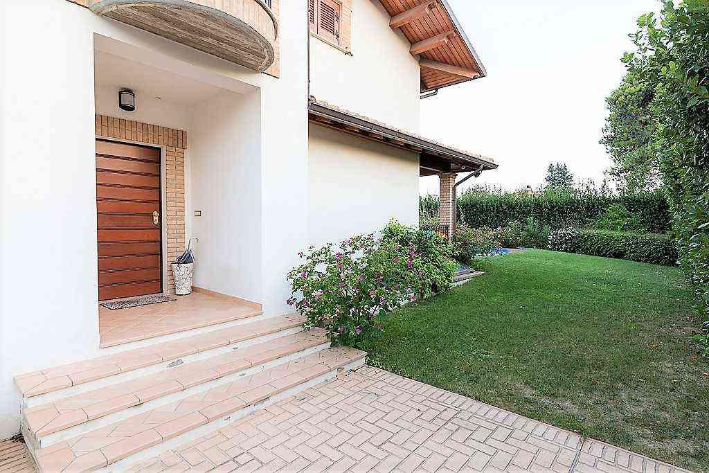 Villa Villa for sale Collecorvino (PE), Villa Pini - Collecorvino - EUR 549.964 270