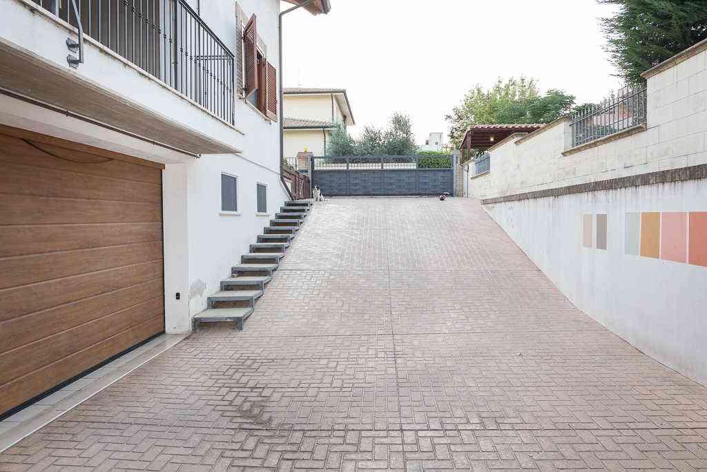 Villa Villa in vendita Collecorvino (PE), Villa Pini - Collecorvino - EUR 545.131 400