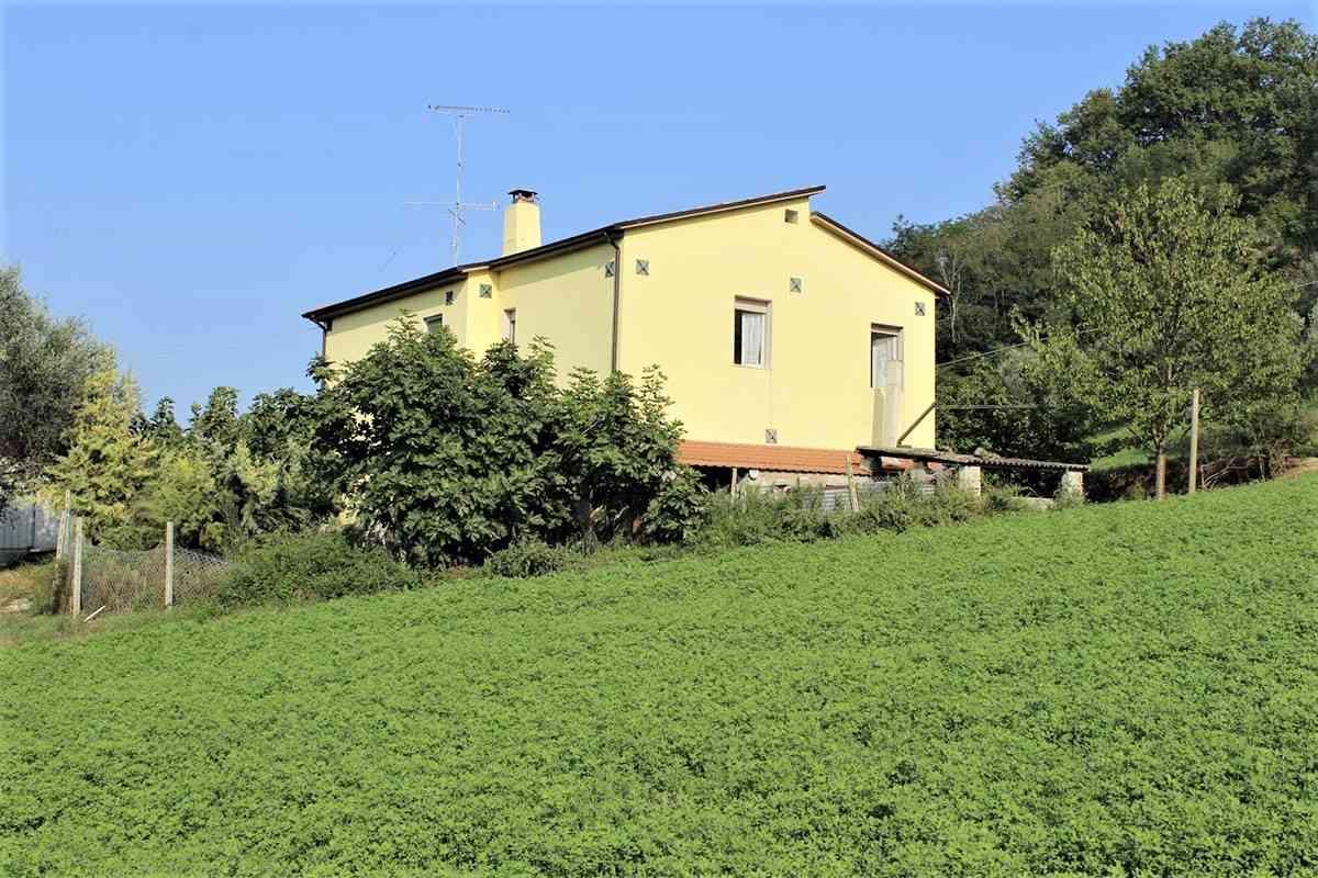 Casa di campagna Casa Gialla - Castiglione Messer Raimondo - EUR 136.580