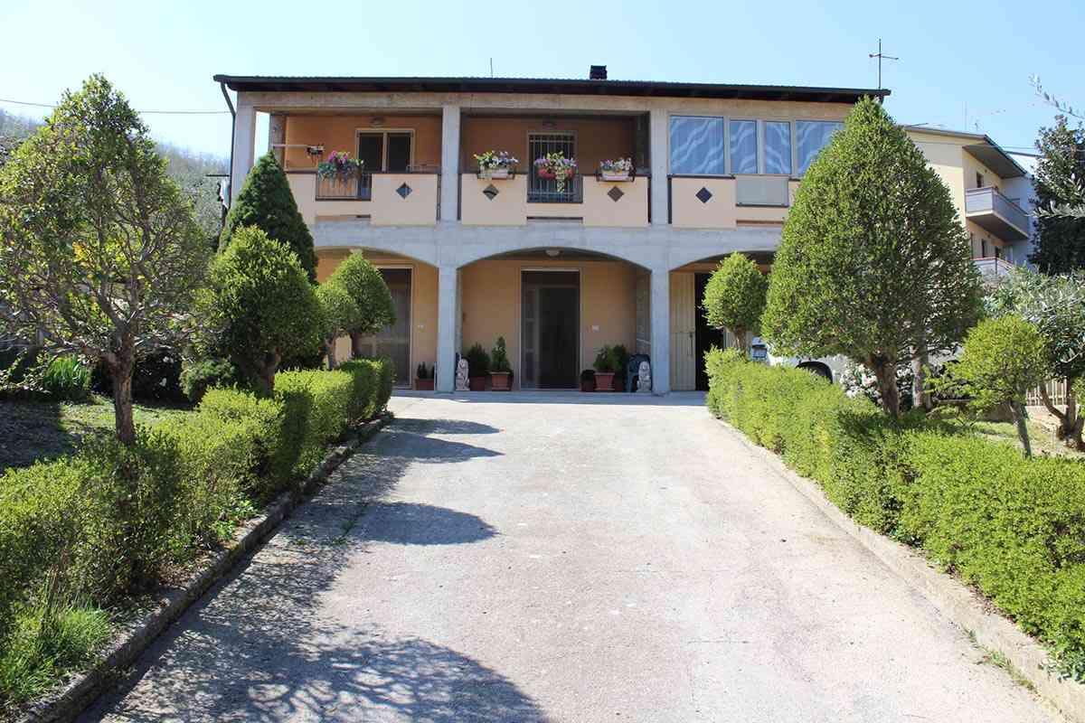 Casa singola Casa Bettina - Bisenti - EUR 169.834