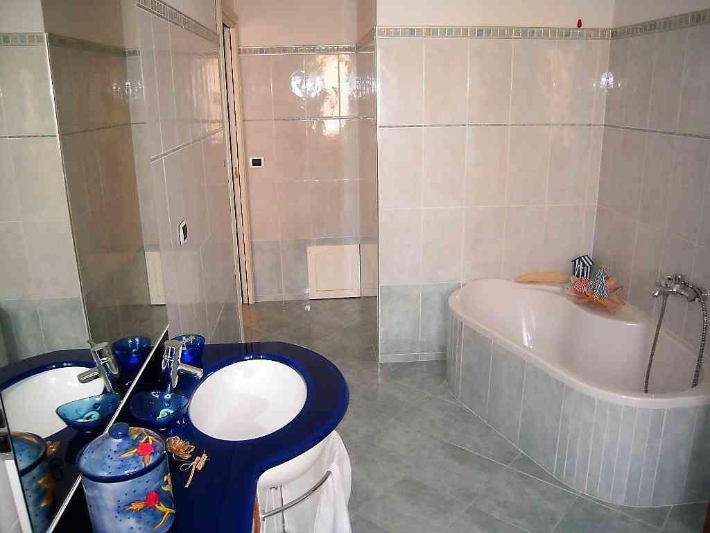 Villa Villa in vendita Pineto (TE), Villa Fiorella - Pineto - EUR 415.677 110