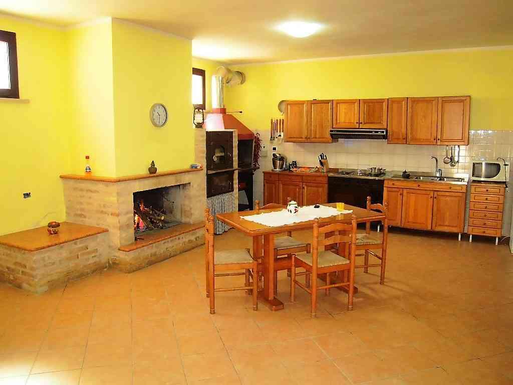 Villa Villa in vendita Pineto (TE), Villa Fiorella - Pineto - EUR 415.677 50