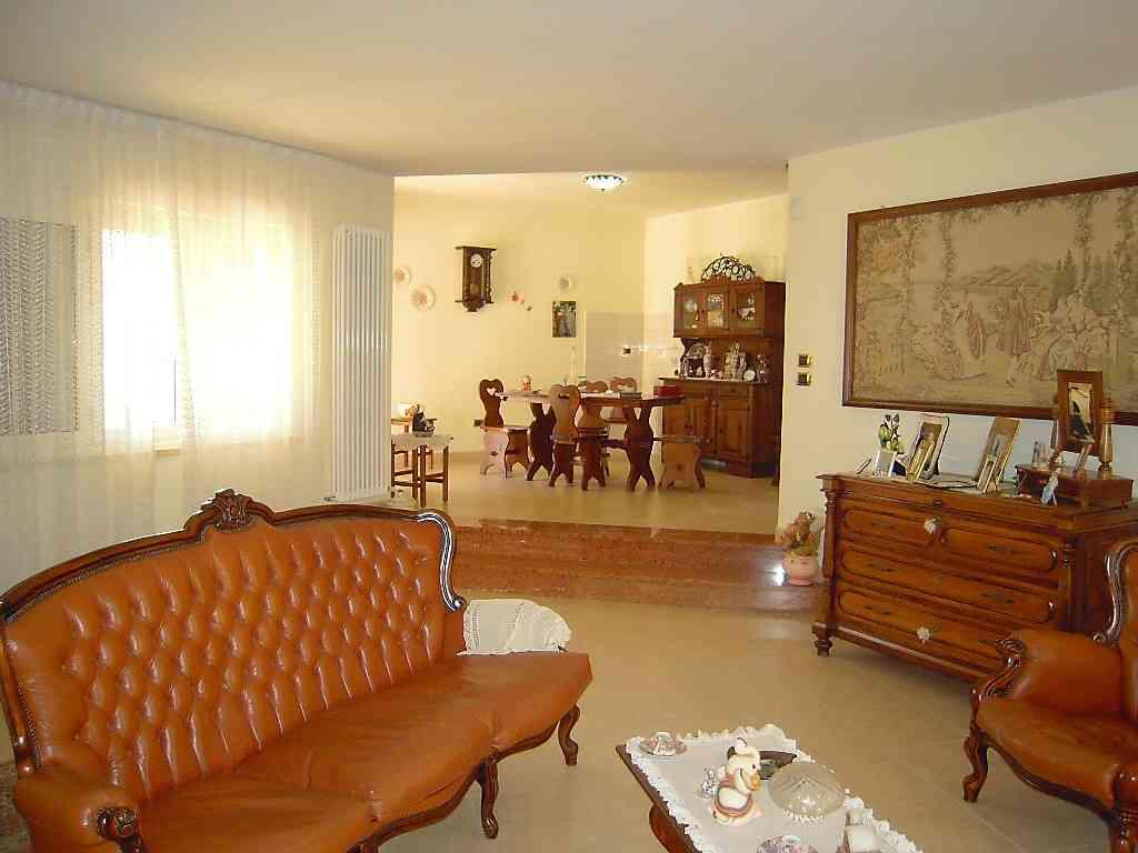 Villa Villa for sale Pineto (TE), Villa Fiorella - Pineto - EUR 415.677 70
