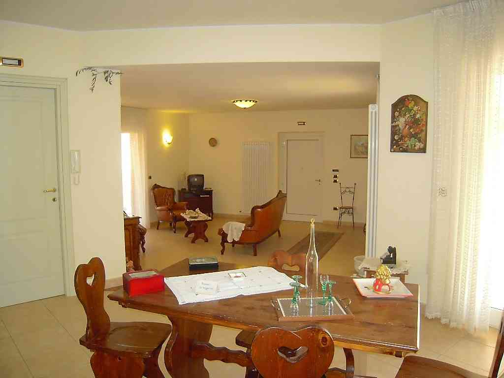 Villa Villa in vendita Pineto (TE), Villa Fiorella - Pineto - EUR 415.677 90