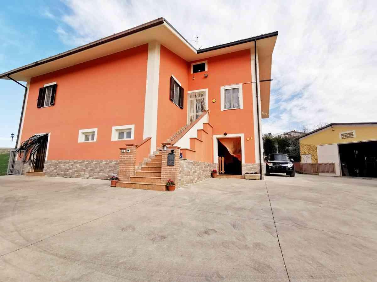 Casa di campagna Casa Riccardo - Penne - EUR 332.542
