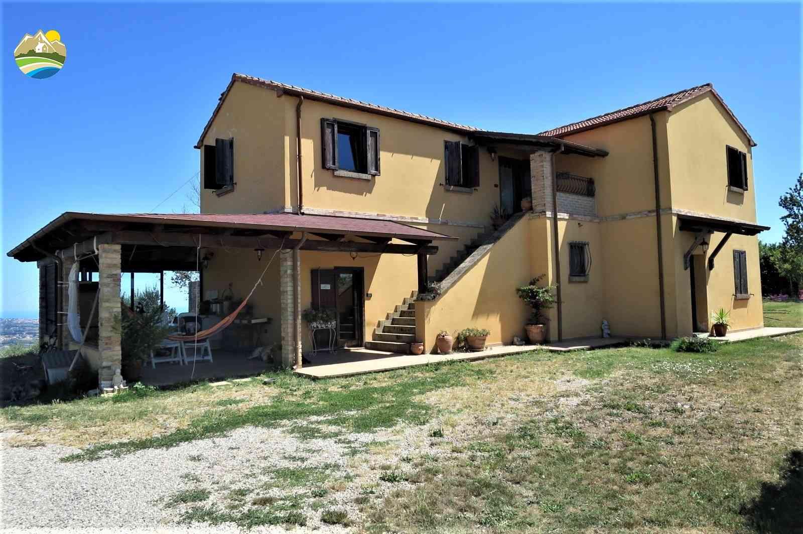 Casa di campagna Casa del Moro - Morro D'Oro - EUR 332.542