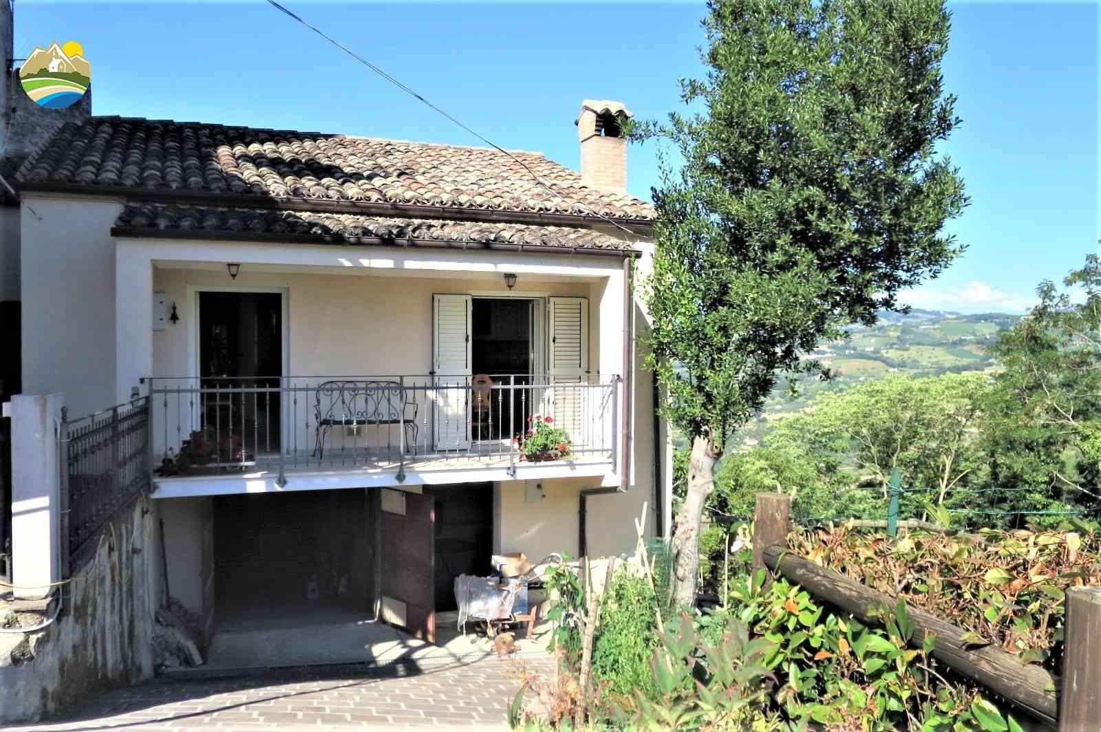 Casa in paese Casa Taormina - Montefino - EUR 142.518