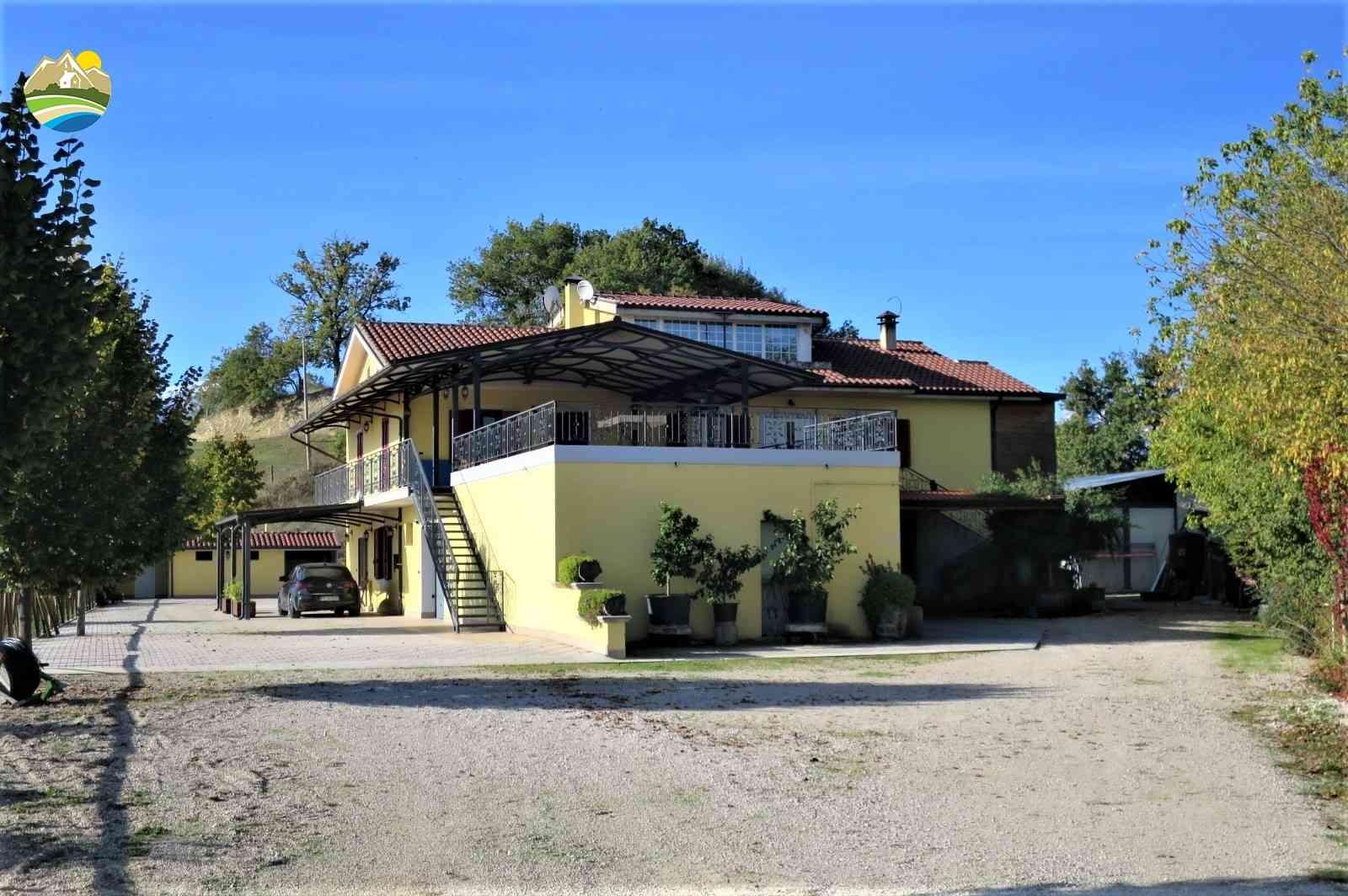 Casa di campagna Casa dei Tigli - Cellino Attanasio - EUR 699.525