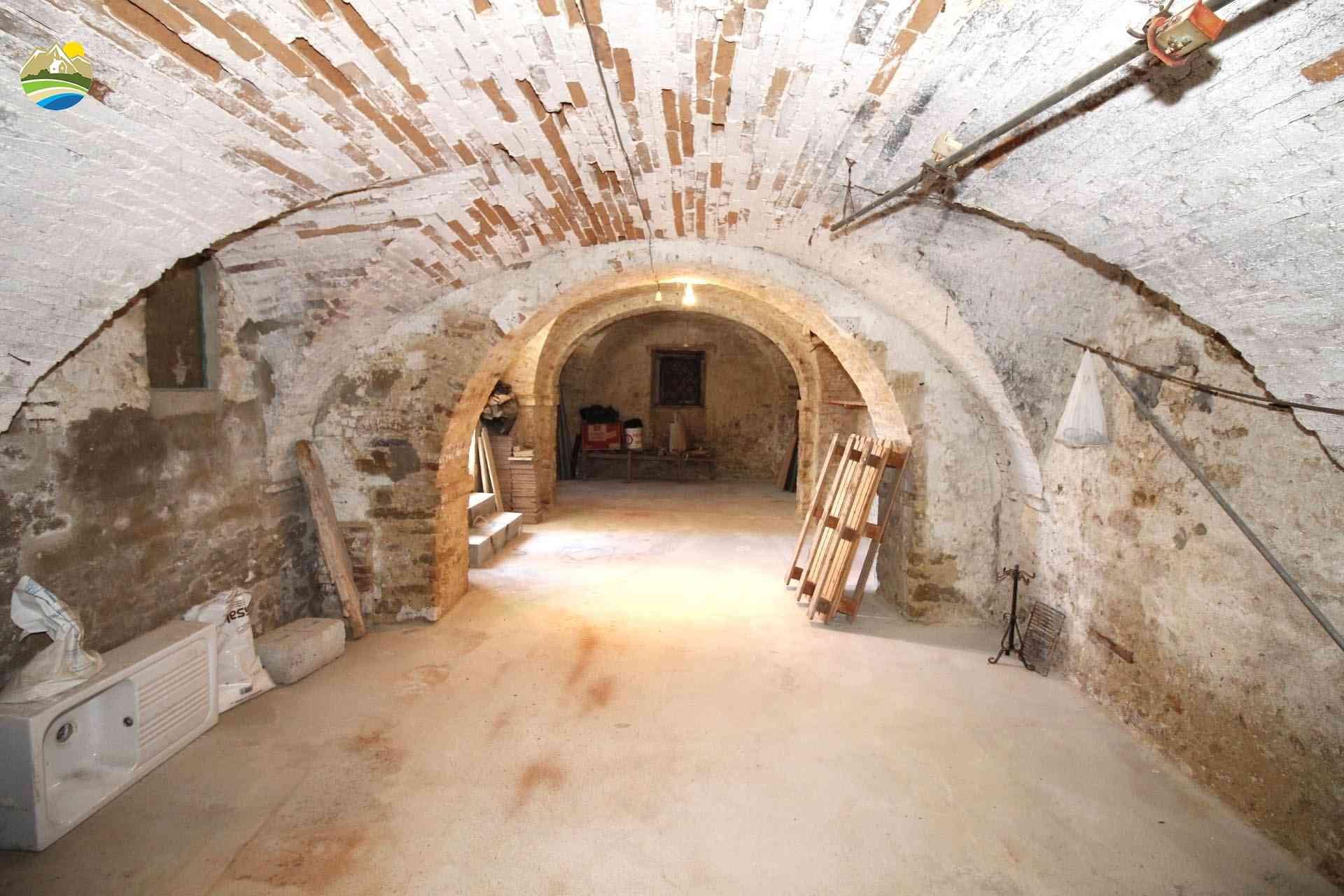 Casa in paese Casa delle Volte - Cellino Attanasio - EUR 58.195