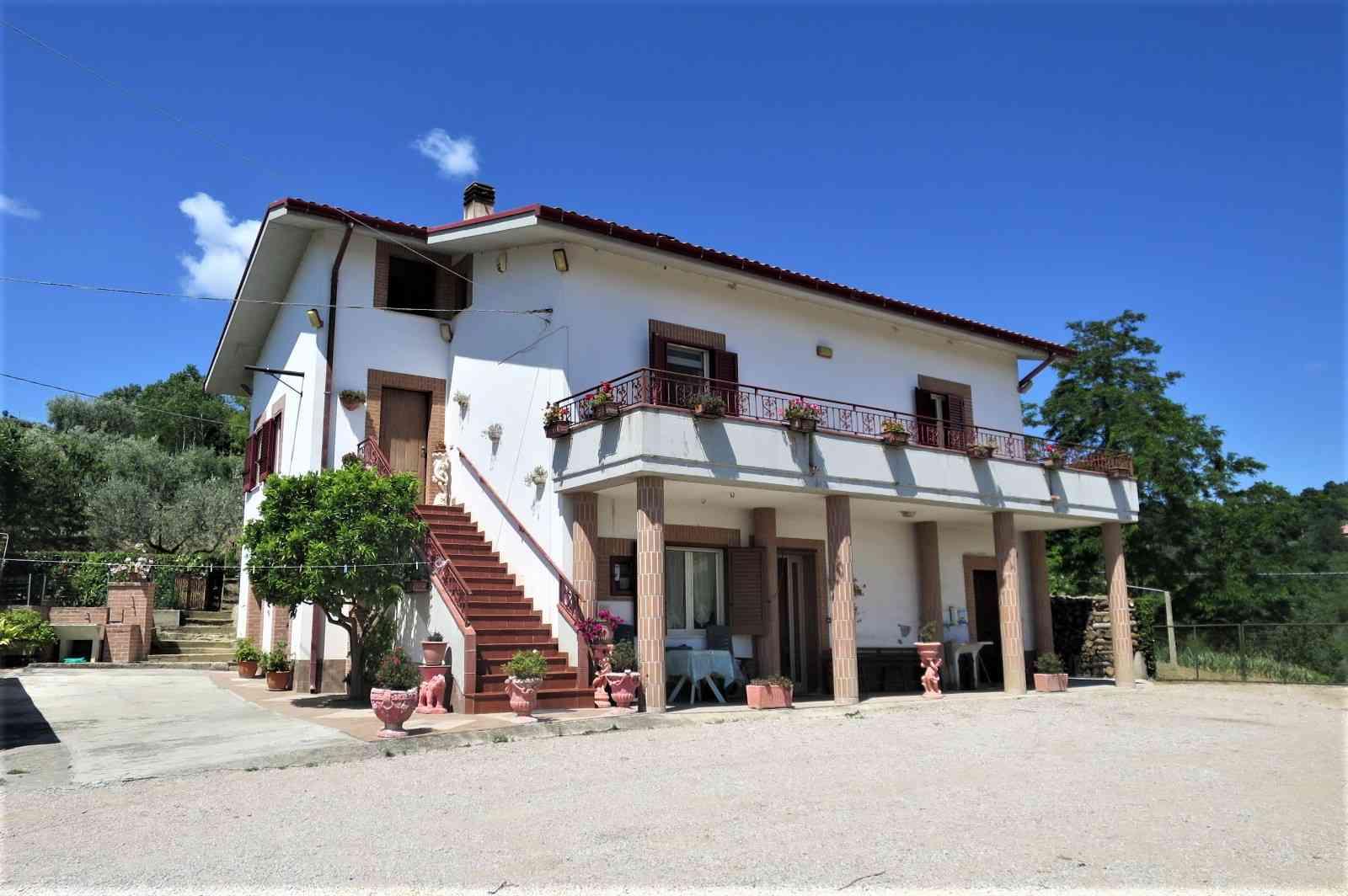 Casa di campagna Casa Clementina - Cellino Attanasio - GBP 195.962