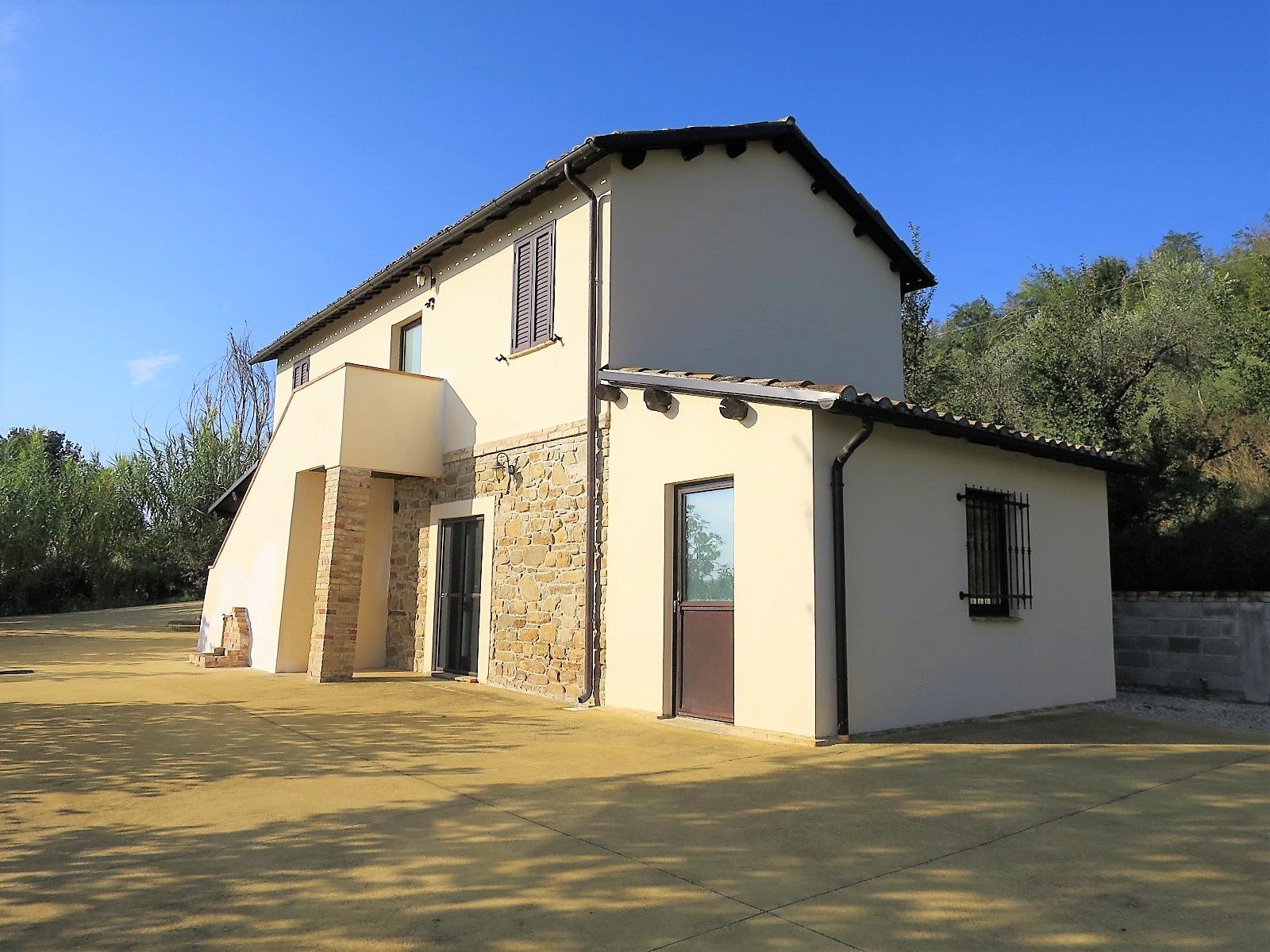 Country Houses Country Houses for sale Montefino (TE), Casa Collina - Montefino - EUR 151.447 260