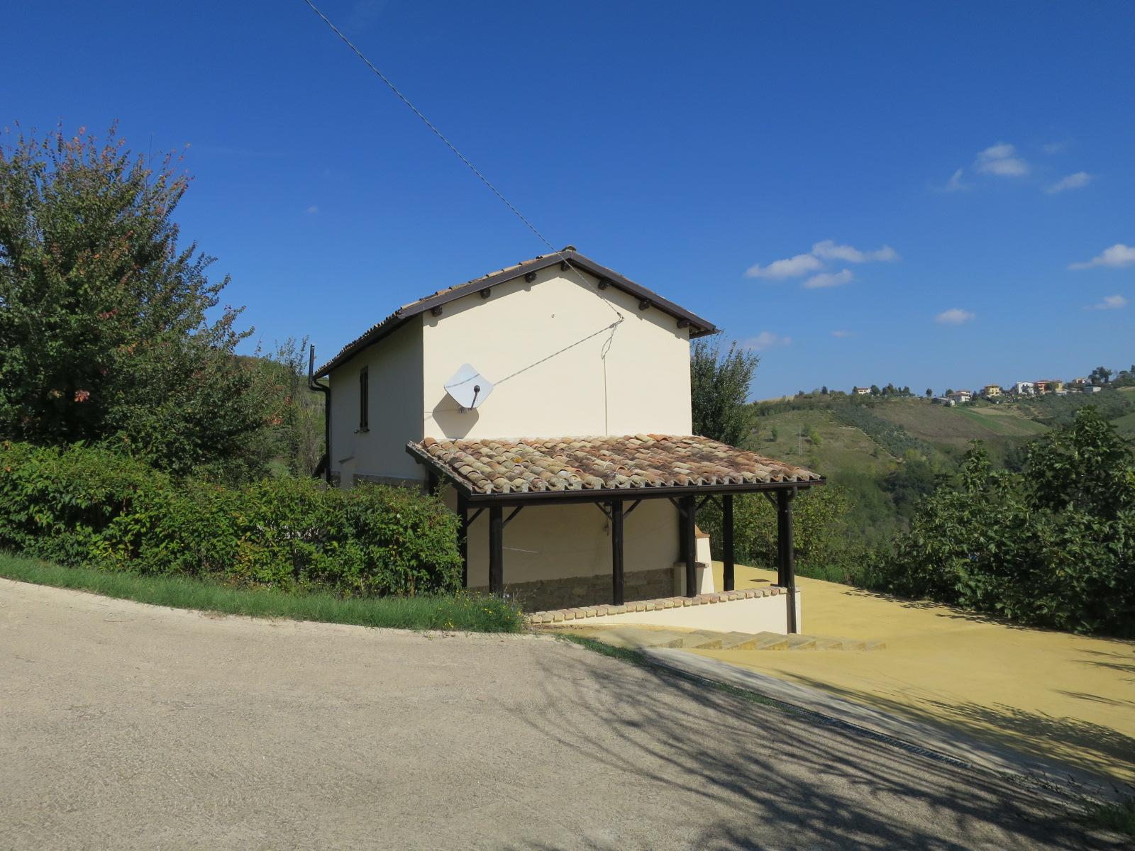 Country Houses Country Houses for sale Montefino (TE), Casa Collina - Montefino - EUR 151.447 280