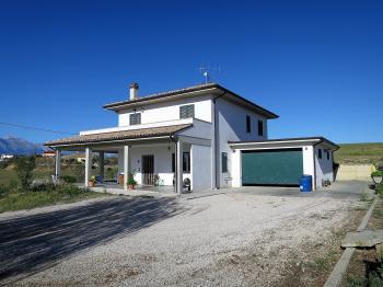 Villa Villa Como - Montefino - EUR 280.000