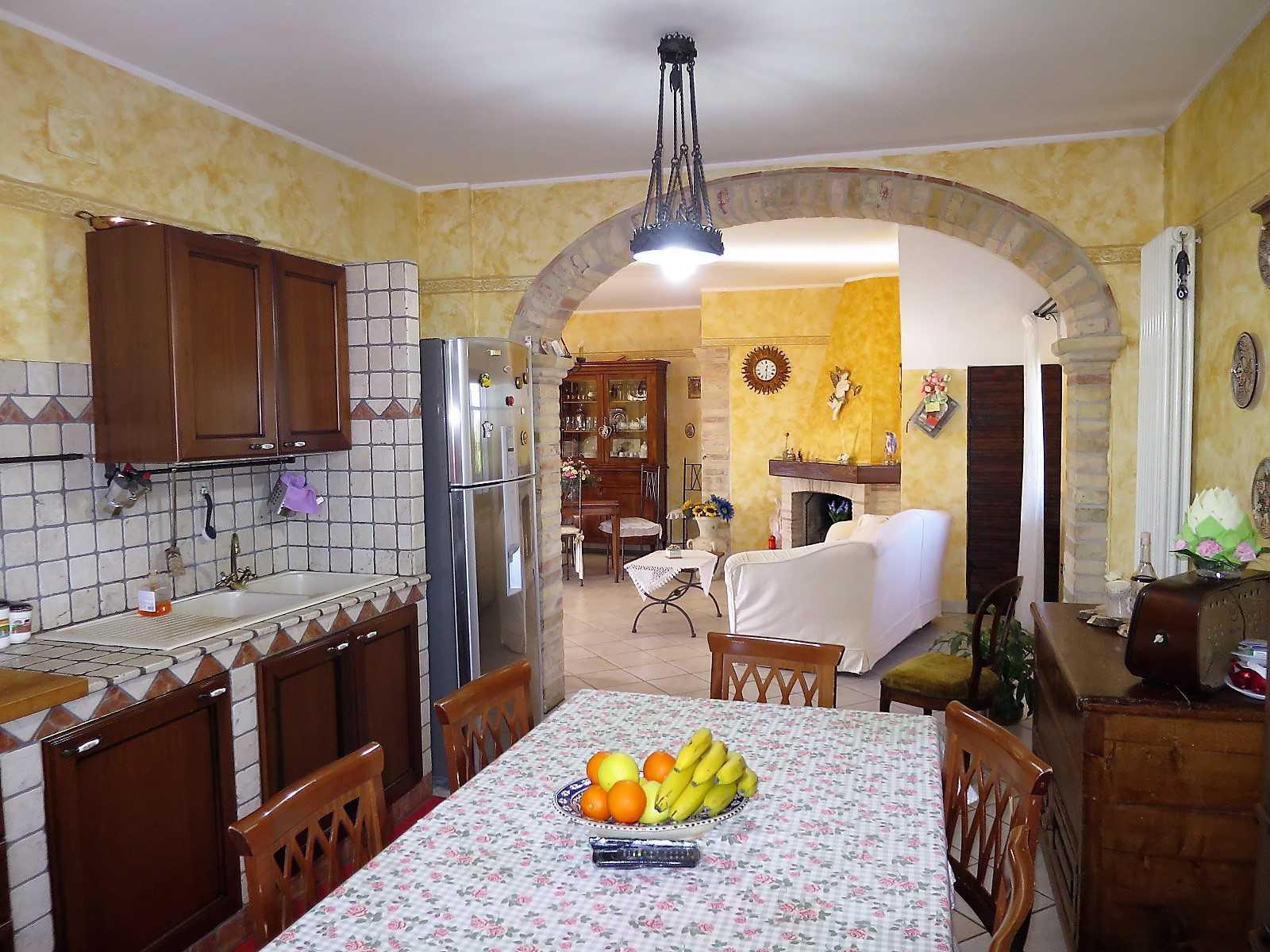Villa Villa in vendita Notaresco (TE), Villa Vigneto - Notaresco - EUR 382.044 360