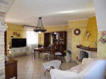 Villa Villa in vendita Notaresco (TE), Villa Vigneto - Notaresco - EUR 382.044 350 small
