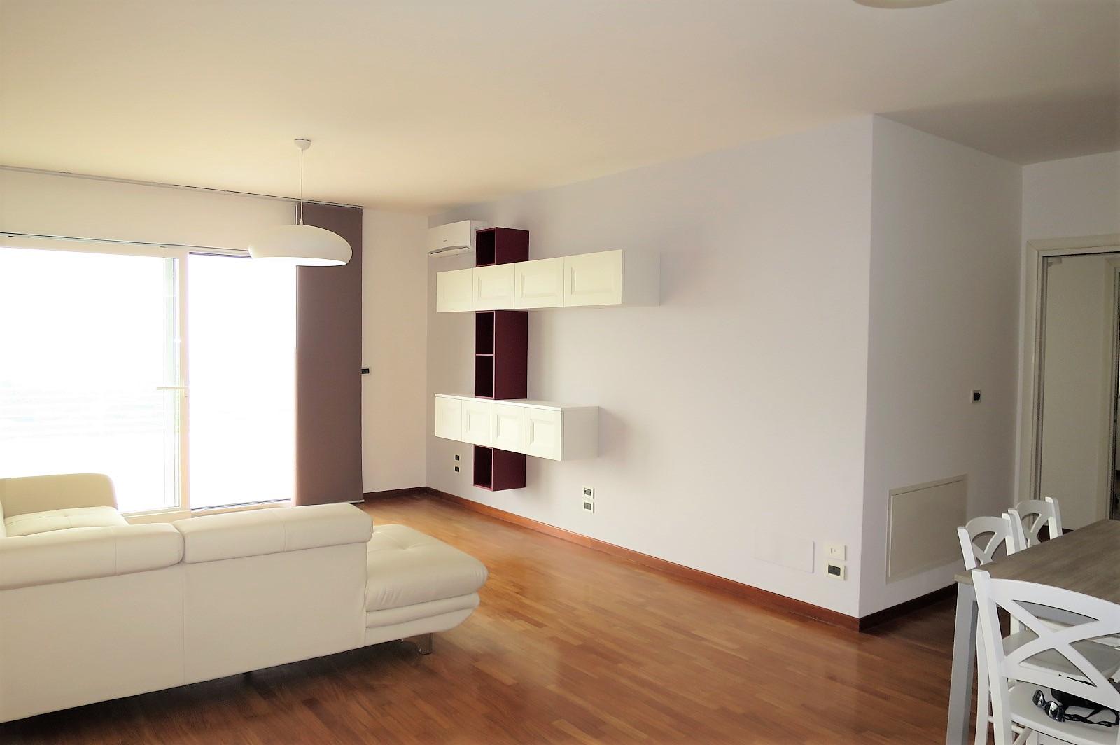 Apartament Apartament for sale Città Sant'Angelo (PE), Appartamento Belvedere - Città Sant'Angelo - EUR 262.881 290