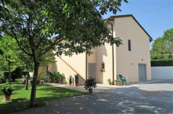 Country Houses Country Houses for sale Loreto Aprutino (PE), Casa Nespolo - Loreto Aprutino - EUR 321.299 310 small