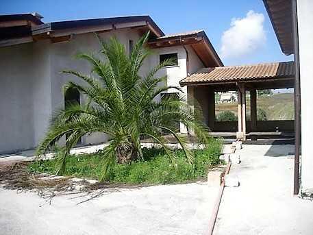 Villa Villa for sale Teramo (TE), Villa Torre - Teramo - EUR 408.926 380
