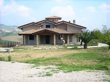 Villa Villa for sale Teramo (TE), Villa Torre - Teramo - EUR 408.926 470