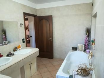 Country Houses Country Houses for sale Penne (PE), Villa Valentino - Penne - EUR 432.293 540 small