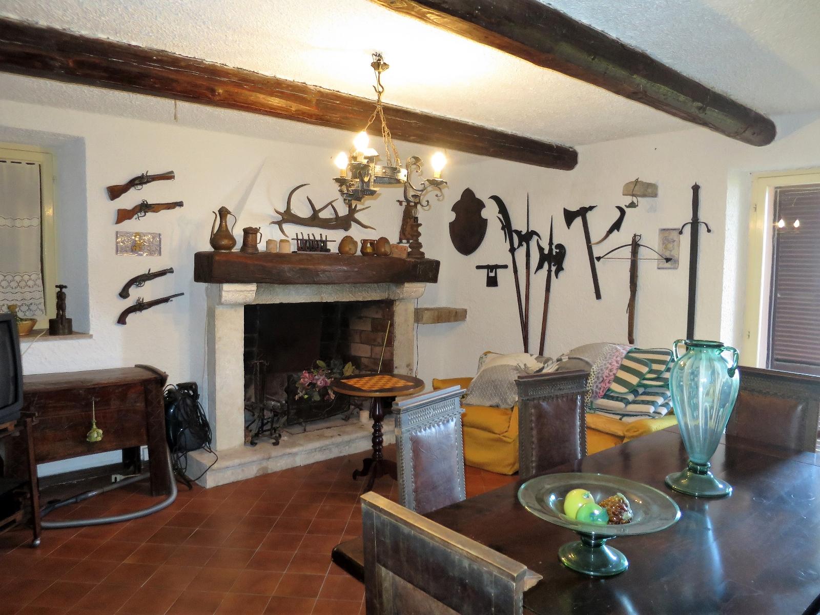 Country Houses Country Houses for sale Montebello di Bertona (PE), Casa Parco - Montebello di Bertona - EUR 195.521 430