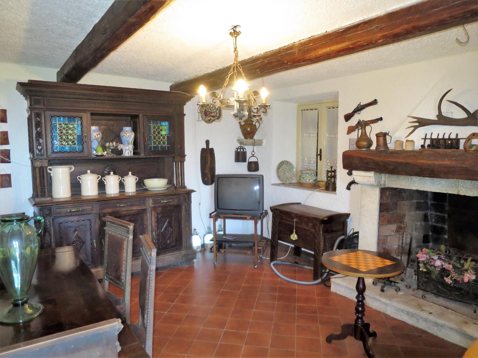Country Houses Country Houses for sale Montebello di Bertona (PE), Casa Parco - Montebello di Bertona - EUR 195.521 440
