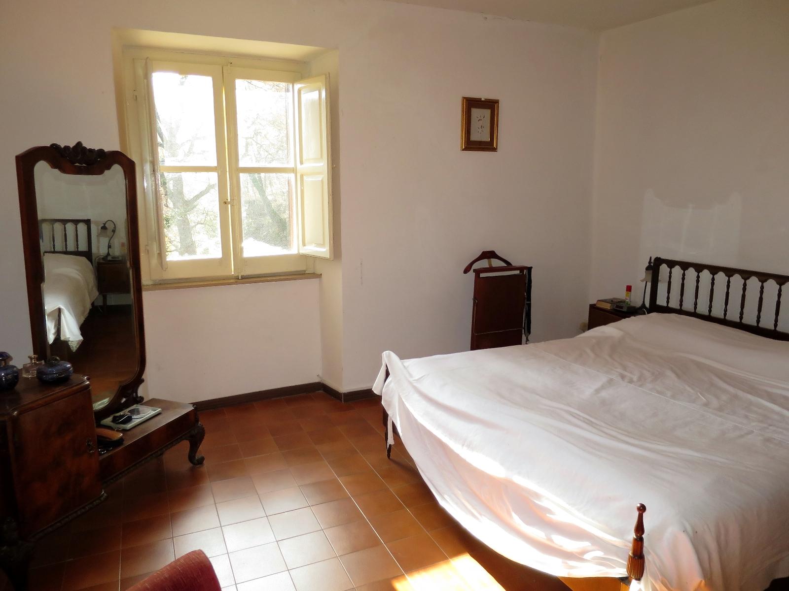 Country Houses Country Houses for sale Montebello di Bertona (PE), Casa Parco - Montebello di Bertona - EUR 195.521 480