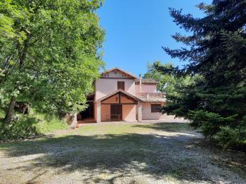 Casa di campagna Casa Parco - Montebello di Bertona - EUR 192.577