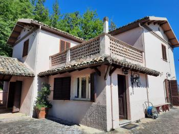 Country Houses Country Houses for sale Montebello di Bertona (PE), Casa Parco - Montebello di Bertona - EUR 195.521 560 small