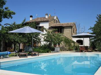 Casa di campagna Casa Gufo - Castiglione Messer Raimondo - EUR 323.643