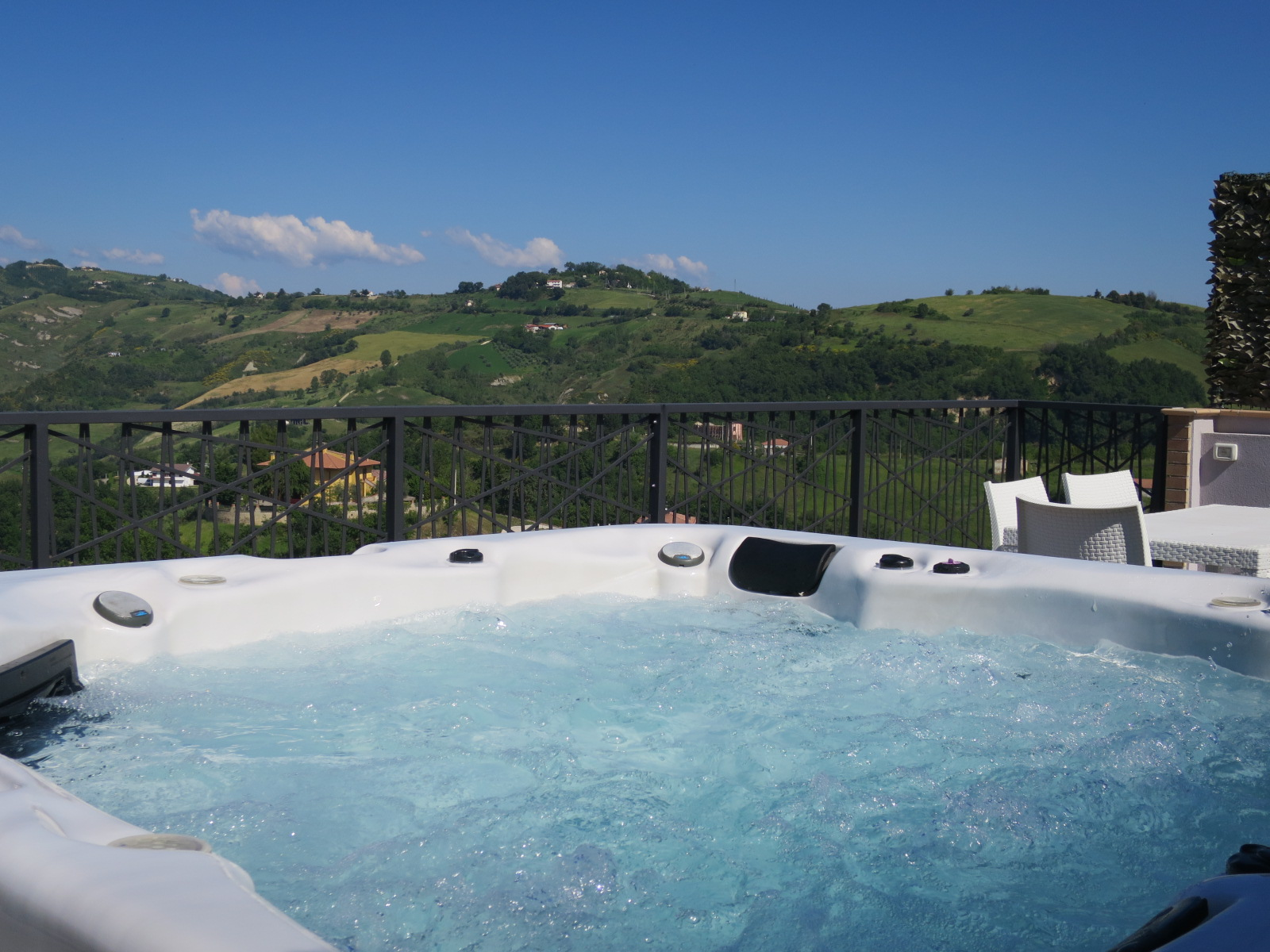 Townhouse Townhouse for sale Montefino (TE), Casa Montefiore - Montefino - EUR 315.457 350