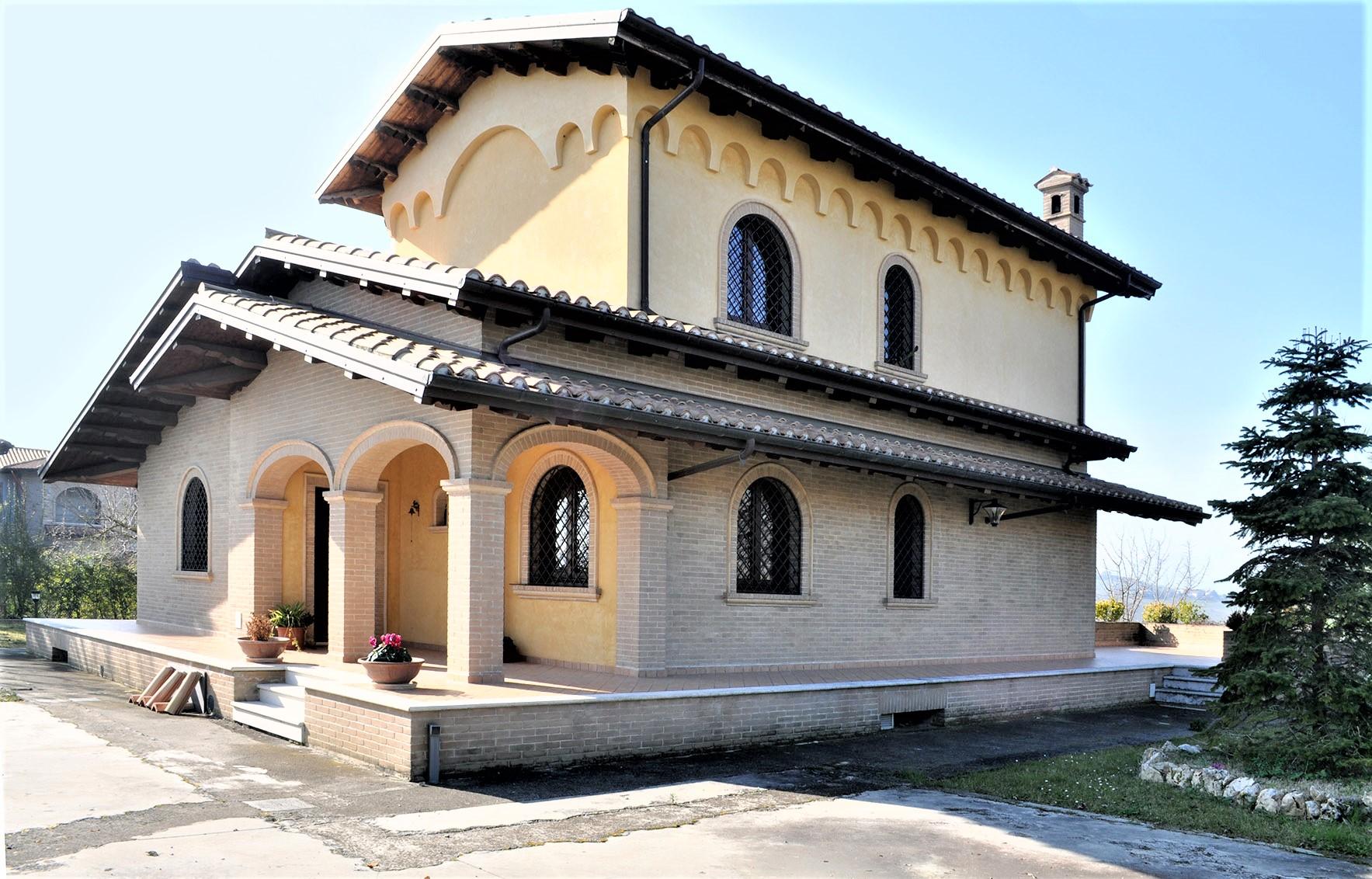 Villa Villa for sale Tortoreto (TE), Villa Bianca - Tortoreto - EUR 770.233 10