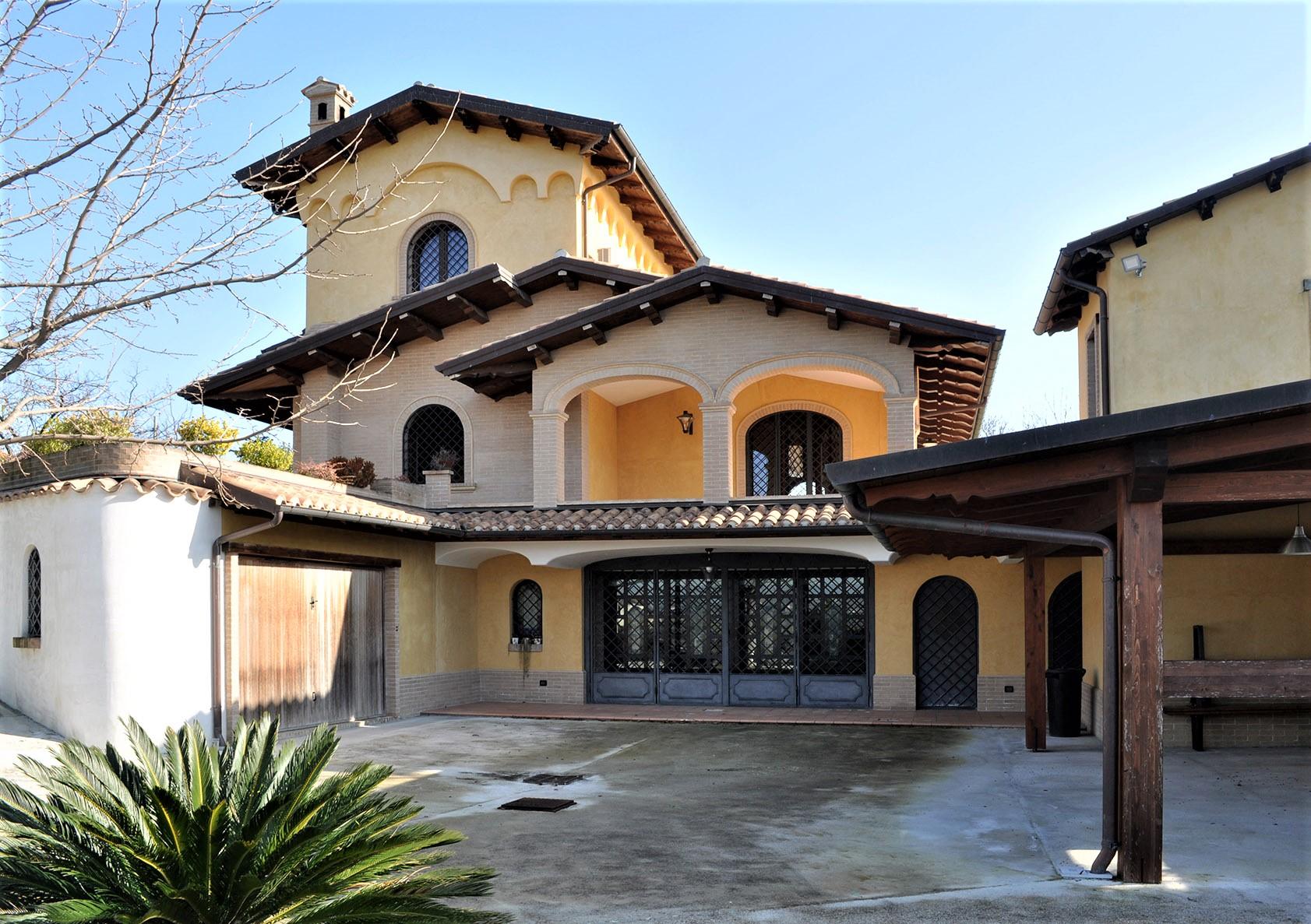 Villa Villa for sale Tortoreto (TE), Villa Bianca - Tortoreto - EUR 770.233 370