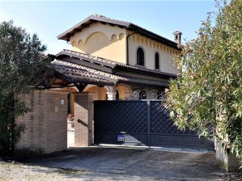 Villa Villa for sale Tortoreto (TE), Villa Bianca - Tortoreto - EUR 770.233 360 small