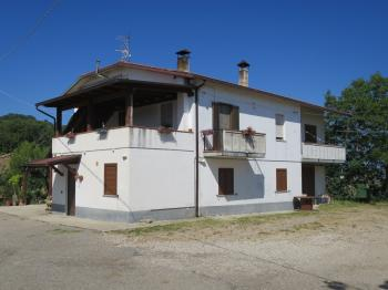 Country Houses Casa Mela - Cellino Attanasio - EUR 239.208