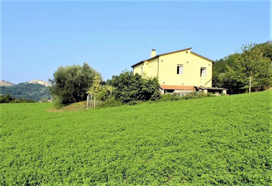 Country Houses Country Houses for sale Castiglione Messer Raimondo (TE), Yellow House - Castiglione Messer Raimondo - EUR 129.011 410