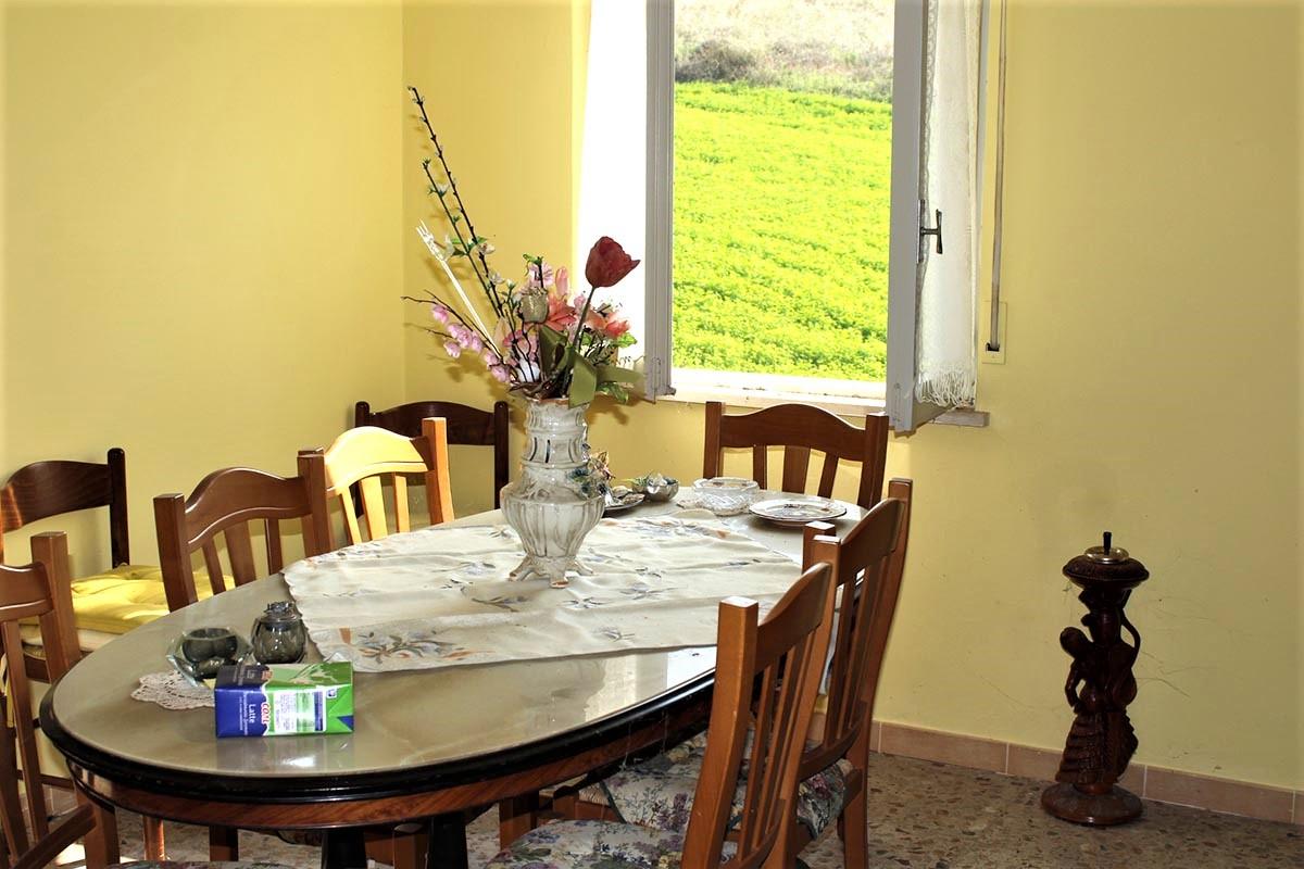 Country Houses Country Houses for sale Castiglione Messer Raimondo (TE), Yellow House - Castiglione Messer Raimondo - EUR 129.011 450