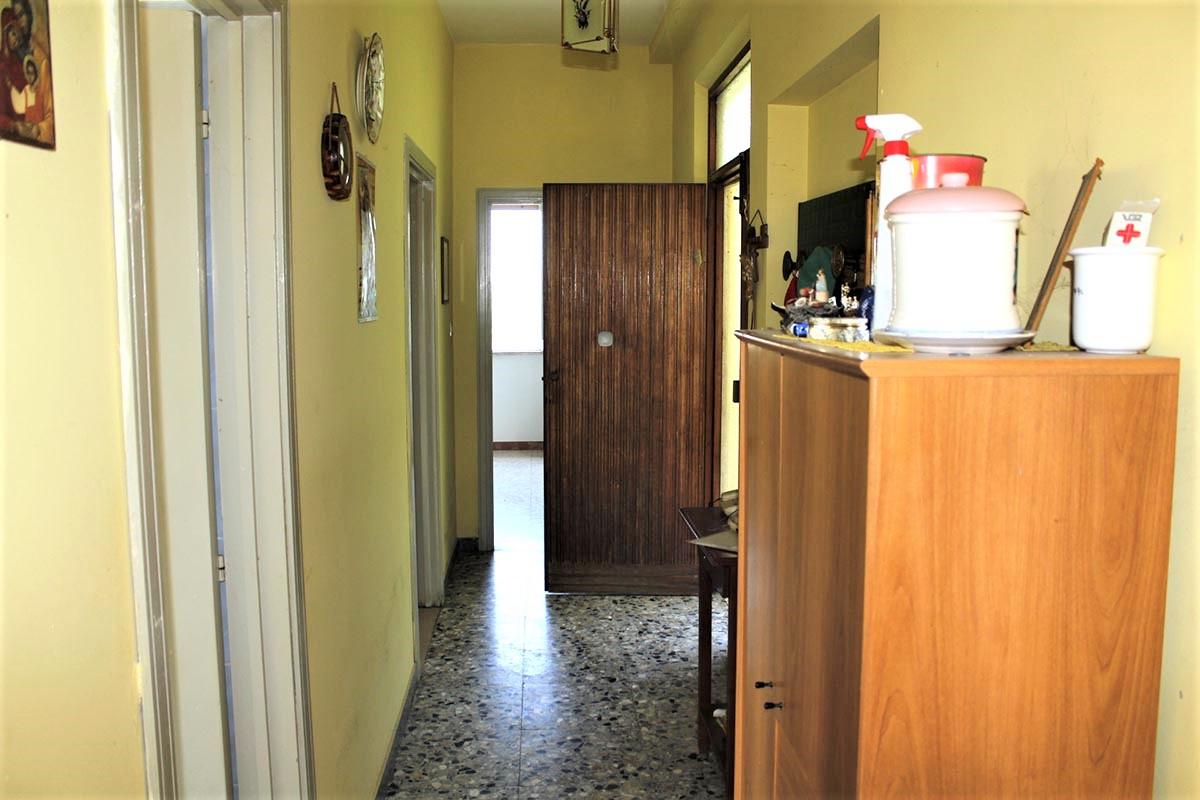 Country Houses Country Houses for sale Castiglione Messer Raimondo (TE), Yellow House - Castiglione Messer Raimondo - EUR 129.011 510