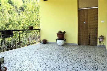 Country Houses Country Houses for sale Castiglione Messer Raimondo (TE), Yellow House - Castiglione Messer Raimondo - EUR 129.011 440 small