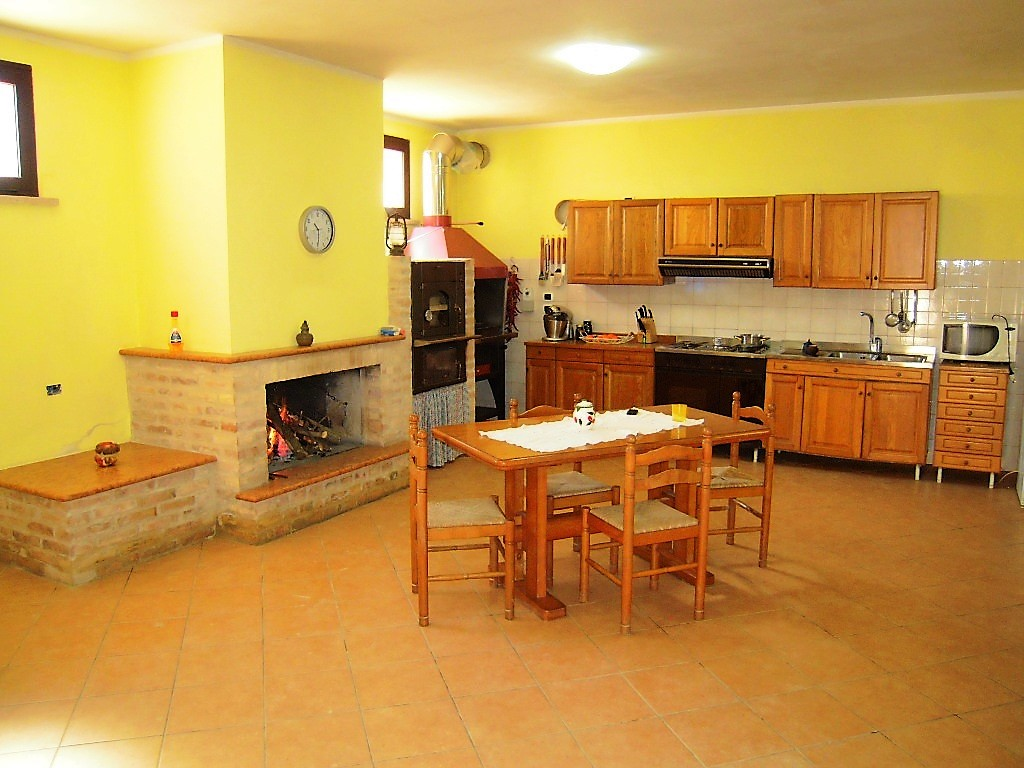 Villa Villa for sale Pineto (TE), Villa Fiorella - Pineto - EUR 380.559 50