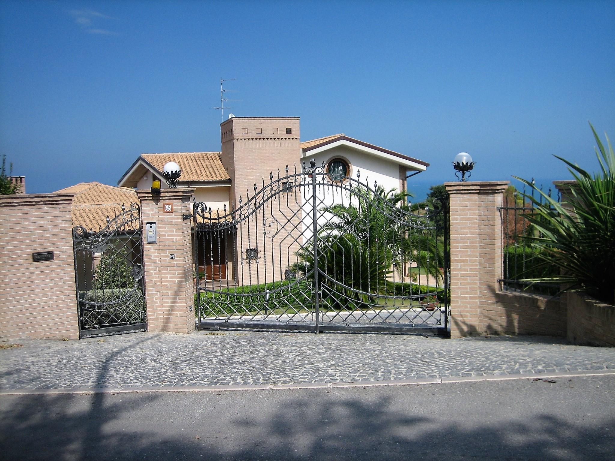 Villa Villa for sale Pescara (PE), Villa Ciprea - Pescara - EUR 1.323.773 40