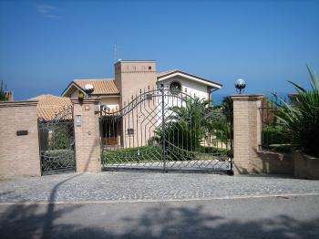 Villa Villa for sale Pescara (PE), Villa Ciprea - Pescara - EUR 1.355.473 40 small