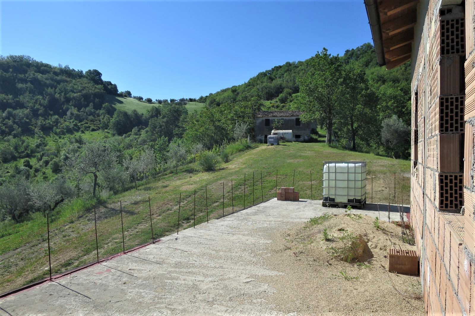 Country Houses Country Houses for sale Castiglione Messer Raimondo (TE), Casa Paradiso - Castiglione Messer Raimondo - EUR 181.096 10