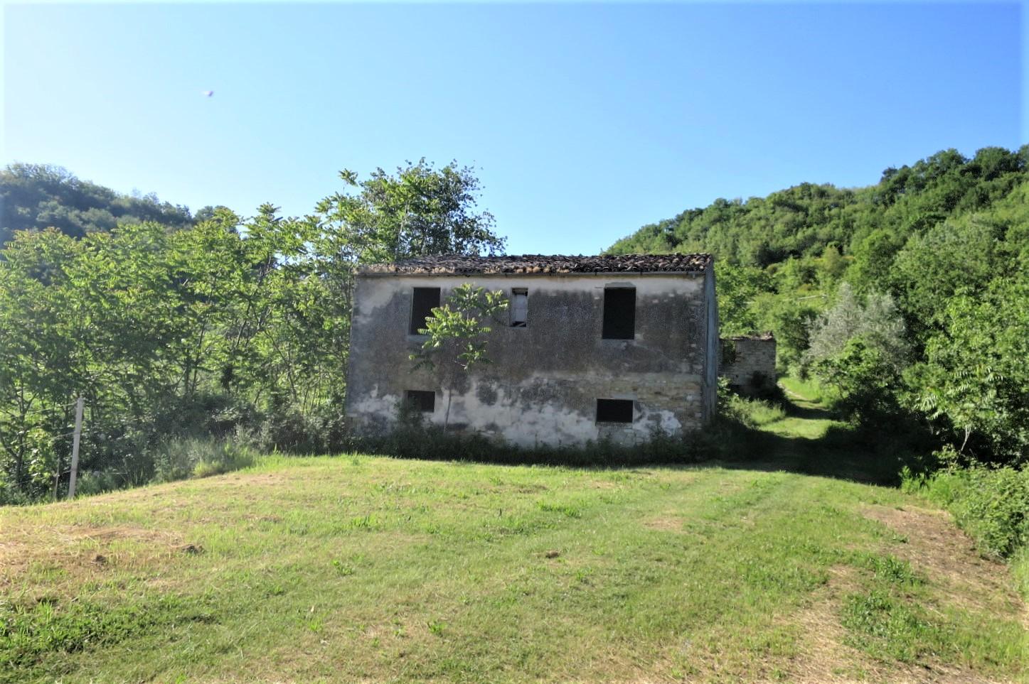 Country Houses Country Houses for sale Castiglione Messer Raimondo (TE), Casa Paradiso - Castiglione Messer Raimondo - EUR 181.096 430
