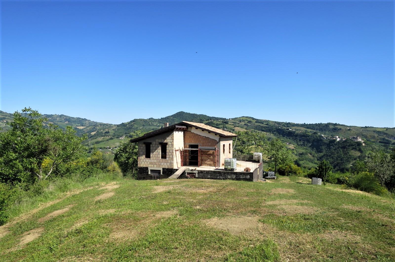 Country Houses Country Houses for sale Castiglione Messer Raimondo (TE), Casa Paradiso - Castiglione Messer Raimondo - EUR 181.096 490