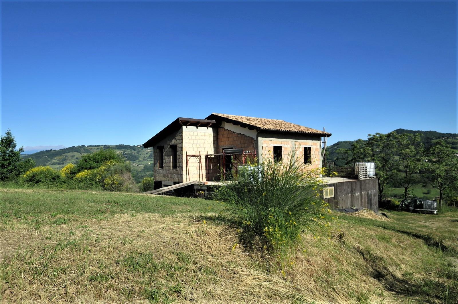 Country Houses Country Houses for sale Castiglione Messer Raimondo (TE), Casa Paradiso - Castiglione Messer Raimondo - EUR 181.096 520