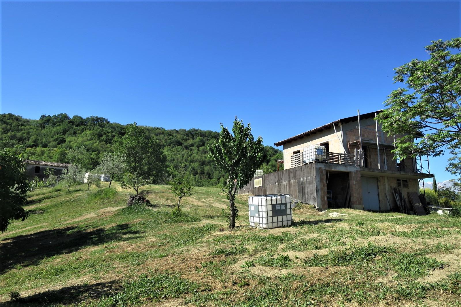 Country Houses Country Houses for sale Castiglione Messer Raimondo (TE), Casa Paradiso - Castiglione Messer Raimondo - EUR 181.096 550