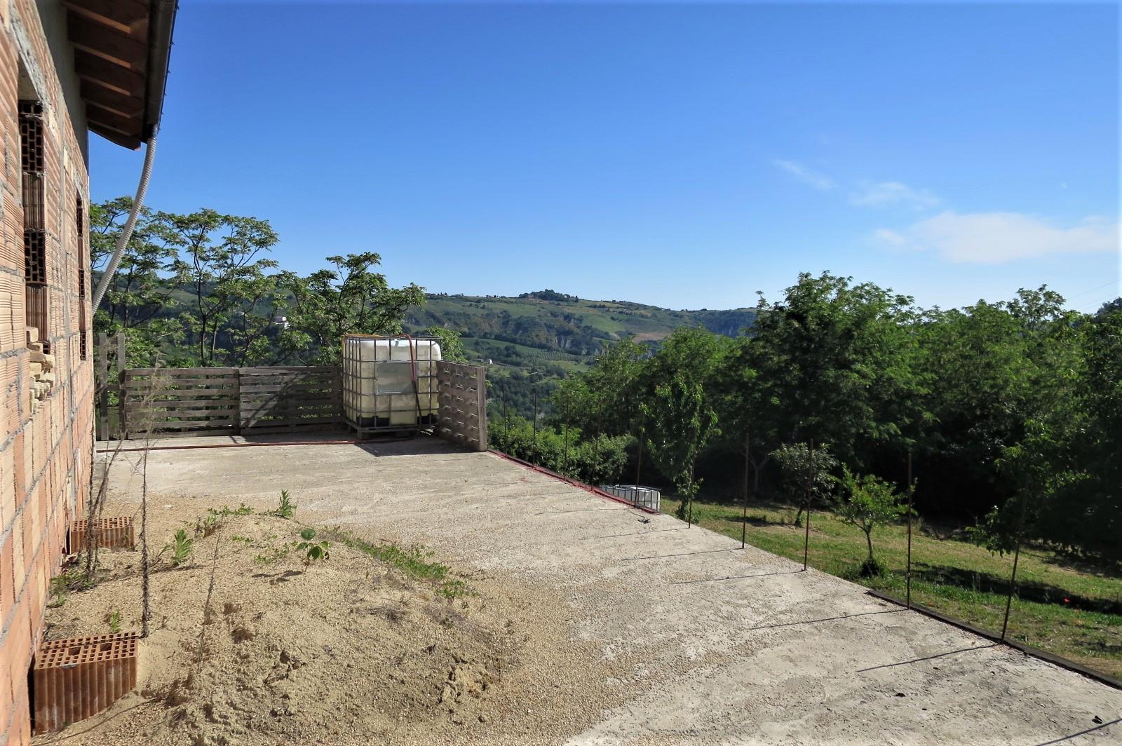 Country Houses Country Houses for sale Castiglione Messer Raimondo (TE), Casa Paradiso - Castiglione Messer Raimondo - EUR 181.096 570