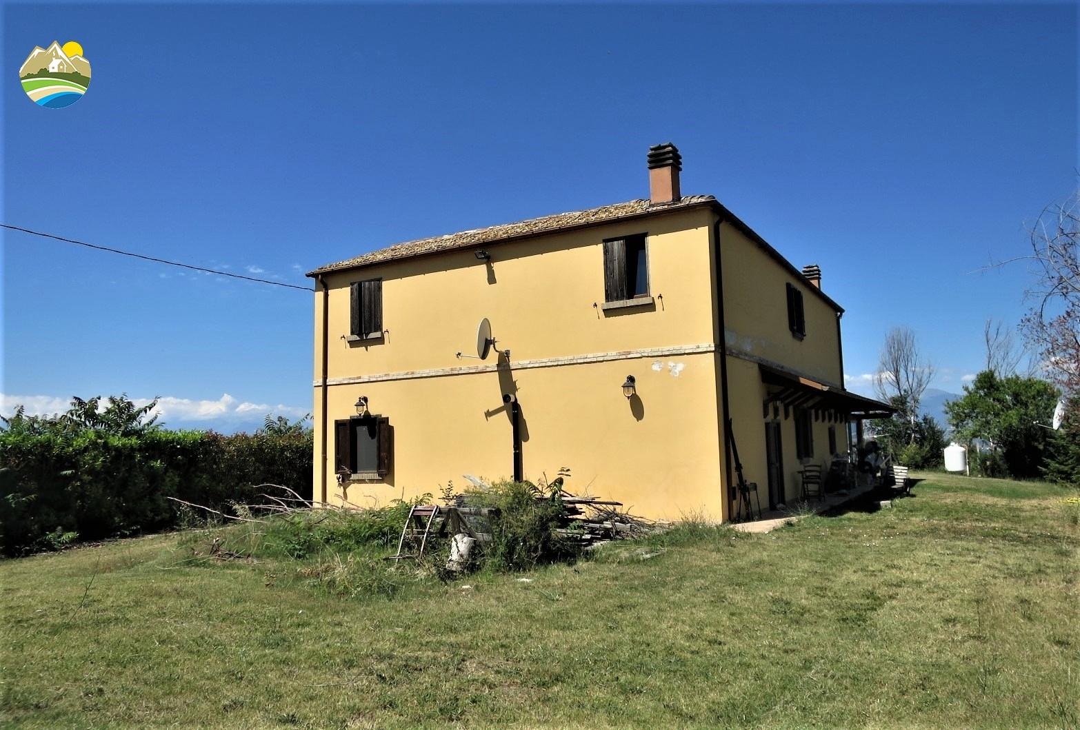 Country Houses Country Houses for sale Morro D'Oro (TE), Casa del Moro - Morro D'Oro - EUR 327.141 470