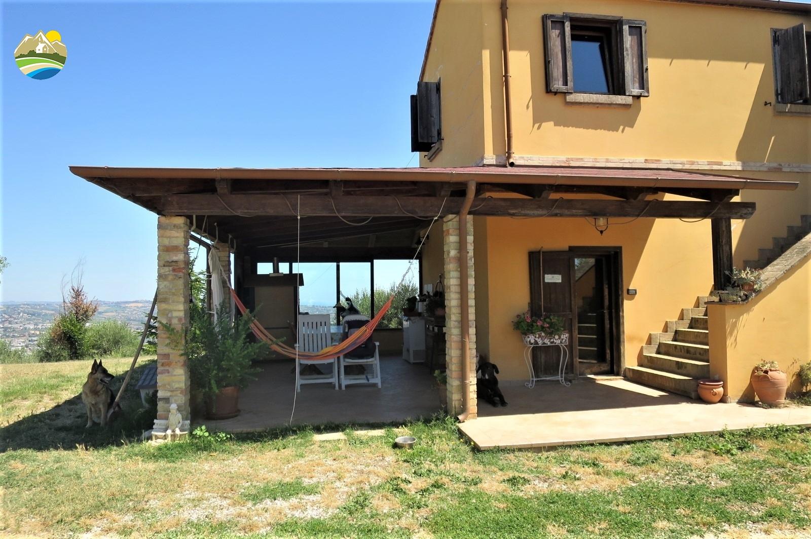 Country Houses Country Houses for sale Morro D'Oro (TE), Casa del Moro - Morro D'Oro - EUR 327.141 600